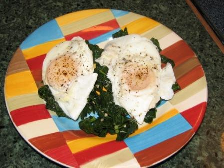 IC8 eggs kale