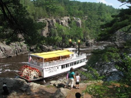 Taylors falls interstate sp riverboat