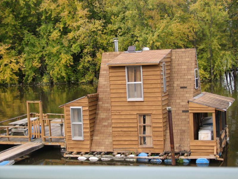 Winona houseboats