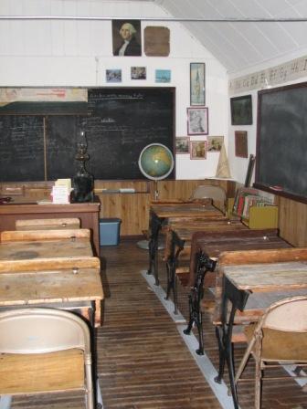 Pioneer_village_school