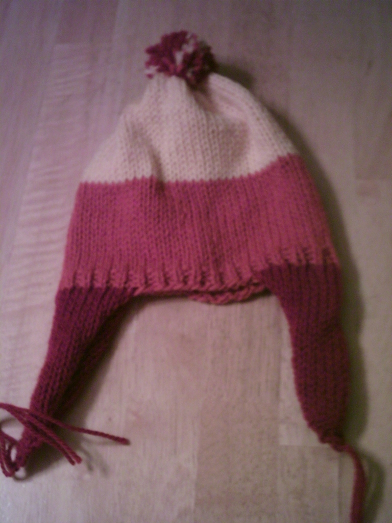 dcc509b2720 Knitters in the know will understand  this is the Jayne Cobb hat from  Firefly (ha